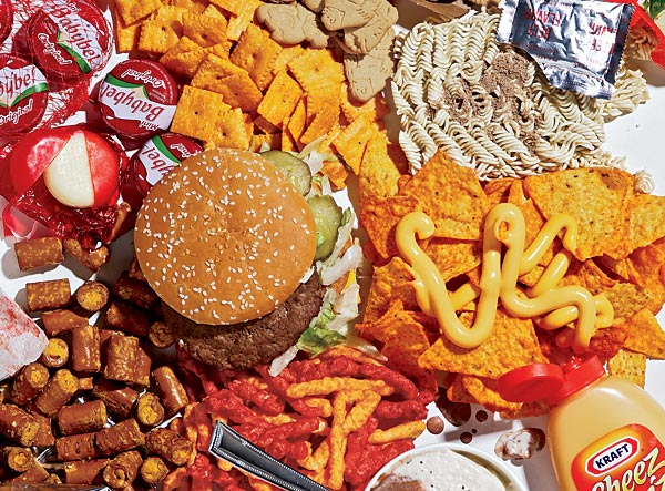 Report Finds Most Fast Food Chains Serve Meat Raised on Drugs